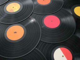 Ultimate Guide to Recycled Vinyl Record Crafts