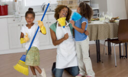 More Family Bonding: 5 Ways to Save Time Cleaning