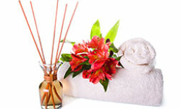 10 Fun Ideas for Seasonal Home Scents