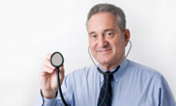 What kind of healthcare professionals do I need for arthritis?