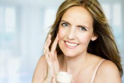 Skin-lightening Moisturizers