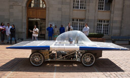 Do solar powered cars cause pollution?