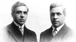 Aristides de Sousa Mendes Saved Thousands From Holocaust, But Lost All
