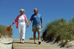Does retiree dating have any health benefits?