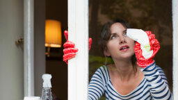 5 Tips for Cleaning Glass Without Streaks