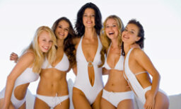5 Swimsuit Styles for the Everyday Woman