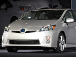 How the Toyota Prius Works