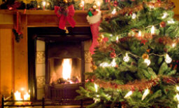 How to Decorate a Living Room for Christmas