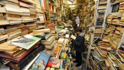 Used Books May Be Germy, But They Won't Make You Sick
