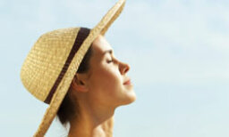 Quick Tips: Can the sun cure acne?