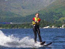 How Waterskiing Works
