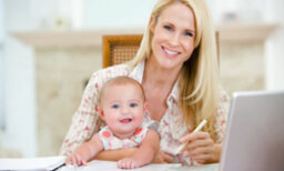 10 Ways to Balance a Career with a Baby