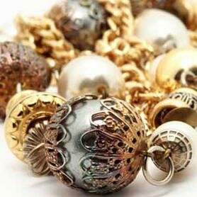 Gold and silver are actually becoming a popular combination in jewelry.