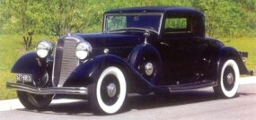 This Judkins KB rumble seat coupe is an example of the V-12 KB model for 1932.