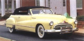 The 1947 Roadmaster ragtop sported a revised grille.