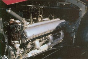 The 1937 Rolls-Royce Phantom III touring limousine was powered by a V-12 engine.