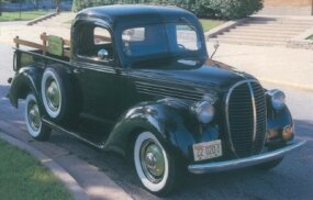 The highly collectible 1939 Ford pickup had a roomier cabin with a hot-water heater to replace the inefficient fresh-air heater.