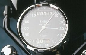 "The speedometer advanced in chronograph-like ""clicks."""