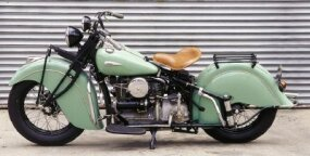 The already-heavy 1940 Indian 440 gained 36 pounds over its predecessor, making a smoother ride even smoother.