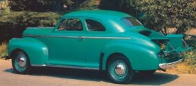 The bed of the 1941 Chevrolet Series AG Coupe Pickup could be replaced by a regular trunklid, converting the vehicle to a conventional coupe.