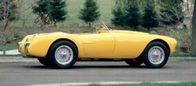 The sleek shape of the 1952 Siata 208S Spyder reveals its racing heritage.