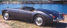 This 1959 MGA featured disc wheels, Lucas fog lights, stone guards, wind wings, and sun visors.