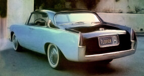 Pinin Farina built three Lancia Florida hardtop sedans as a follow-up to the initial hardtop coupe. Two had right-hand drive (but not this one).