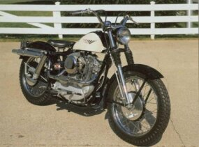 The 1959 Harley-Davidson XLCH Sportster offered a high-mounted exhaust pipe.