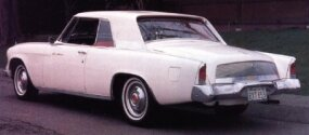 The 1962 Gran Turismo Hawk sported 1961 Lincoln-style taillights and a decklid grille.