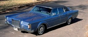 In addition to limousines, Lehmann-Peterson converted a pair of Lincoln Continental Mark III two-door hardtops into four-door sedans.