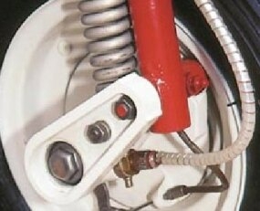 One of the Vespa Allstate's interesting features included the single-sided trailing link fork.