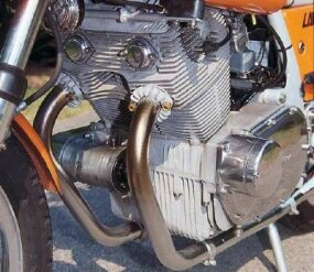 Laverda's 750-twin engine had 70 horsepower; the benchmark Honda 750 of the day had 67.