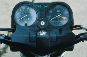 The BMW R65 offered good low-rpm pulling power.