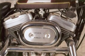 Both 883-cc and 1100-cc engines were available on the XLH.