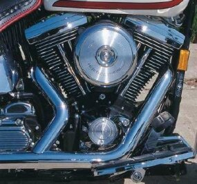 Mechanically, the FXSTS was as up to date as any other 1990s Big Twin, including its 80-cubic-inch Evolution V-twin engine.