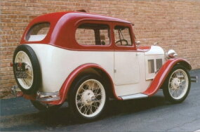 "Swallow produced about 1,700 of these ""Saloon"" bodies through 1932."