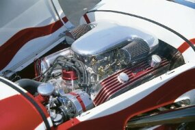 Schlemmer installed a Mercury flathead V-8 equipped engine with Navarro heads.