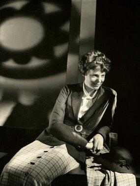 Amelia Earhart, Vogue design