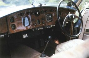 The Bristol 401's interior took its design cues from late-30's BMW cars.