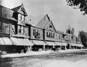 Original facade of the Newport Casino before modifications.