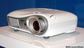 The Epson Powerlite Cinema 550 boasts a 720 progressive picture.