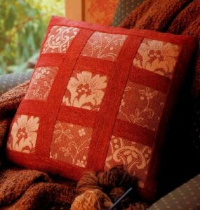 The elegant Keepsake Pillow Quilt Pattern is an easy quilt pattern.