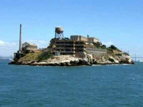 Alcatraz in 2005, as seen from a boat in the San Fransisco Bay.