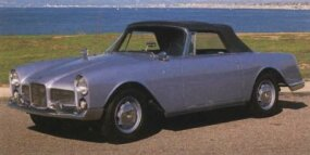 The Facellia's styling mimicked that of the Facel II but on a smaller scale.