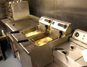 Image courtesy Tim Large/ Stock.xchng                              The fry station in a fast-food kitchen