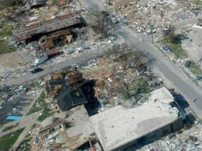 """房主的保险资金使许多海湾州的居民得以在卡特里娜和丽塔飓风后重建家园。""""border="""
