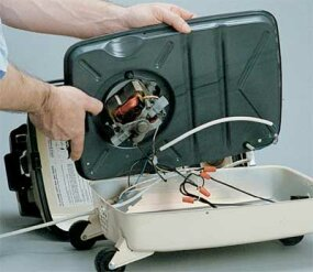 How to Repair a Vacuum Cleaner - How to Repair Small Appliances