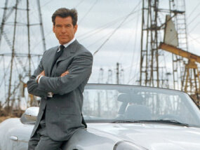 "Pierce Brosnan, the fifth James Bond, in the 1999 film ""The World is Not Enough."""