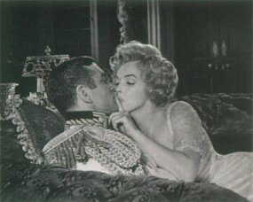 Olivier -- technical and highly disciplined in his approach to acting -- got on badly with Marilyn from the start. Marilyn respected Olivier but quickly became intimidated.
