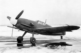 Successive design changes to the Messerschmitt Bf 109 led to an increasingly streamlined aircraft. The one seen here is a Bf 109F, which appeared not long after the 1940 Battle of Britain.